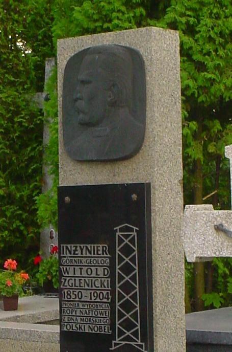 Pomnik Witolda Zglenickiego wWoli Kielpinskiej